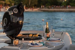 Your table is waiting - on the water   News by Thaiger