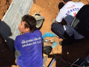 Worker dies, another injured, in Samkong worksite landslide | News by Thaiger