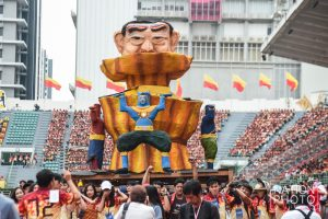 Students satirise Thai politics in annual pre-game parade | News by Thaiger