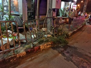 Singaporean crashes into the Heroines Monument | News by Thaiger
