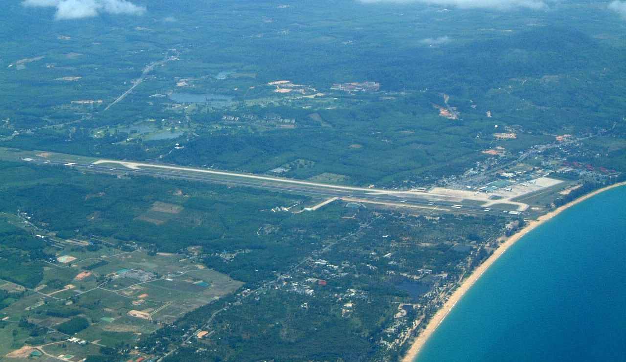 Phuket Airport Runway 09 closed for repairs | The Thaiger