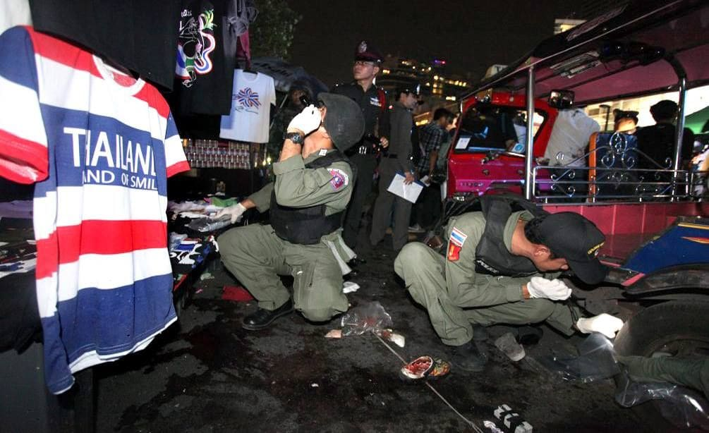Case dismissed against four accused of launching grenades against PDRC demonstrators in 2013 | The Thaiger