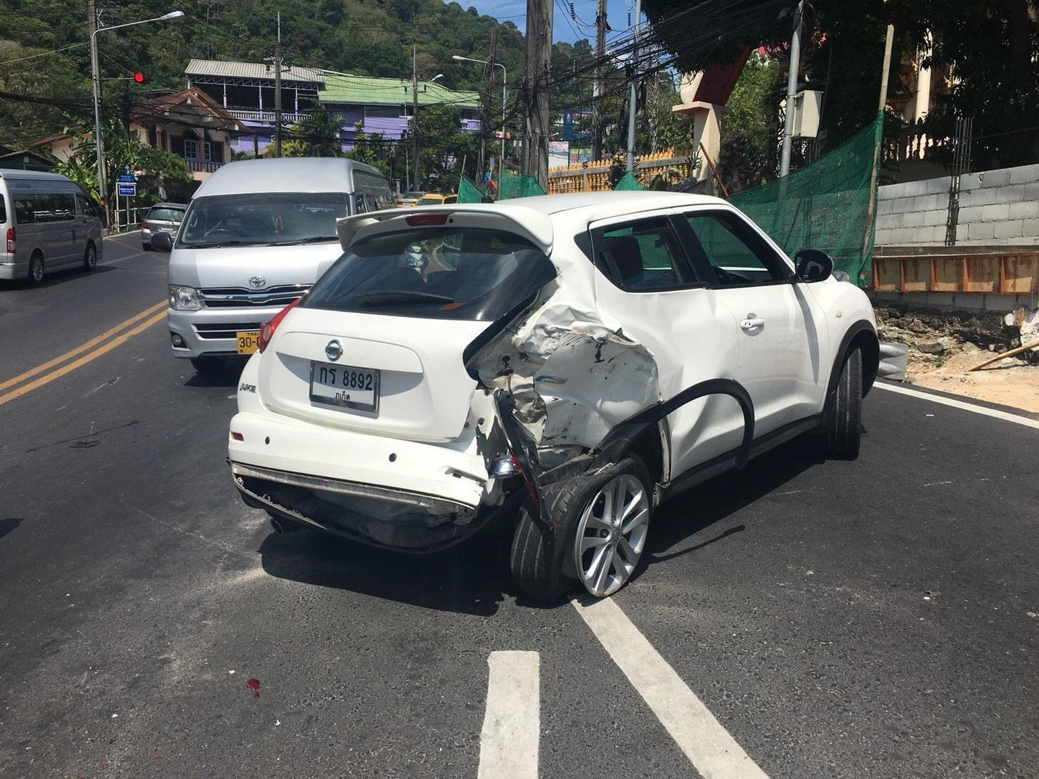 Brake failure causes a bus to crash into 6 cars on Patong Hill | The Thaiger