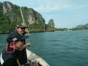 Yacht sunk off Railay Beach | News by The Thaiger