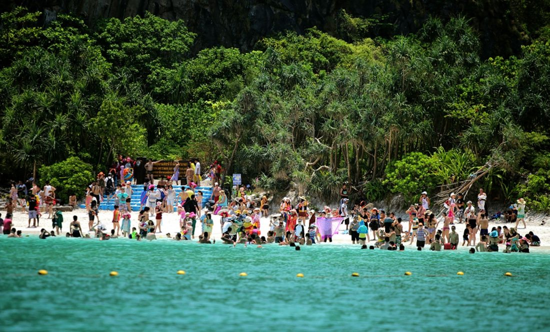 Closed for maintenance – Maya Bay closes for wet season | The Thaiger