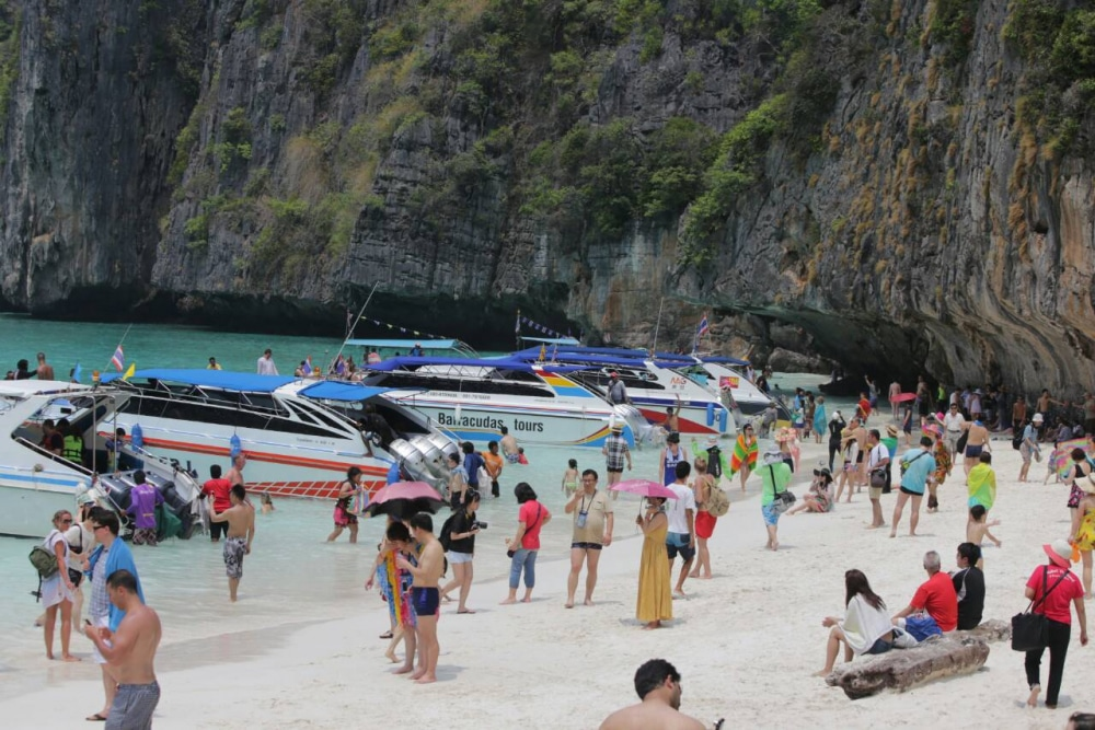 Closed for maintenance - Maya Bay closes for wet season | News by Thaiger