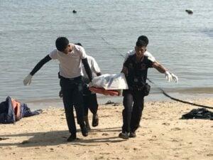 Boat sinks off Maithon Island. Burmese man drowns. | News by Thaiger