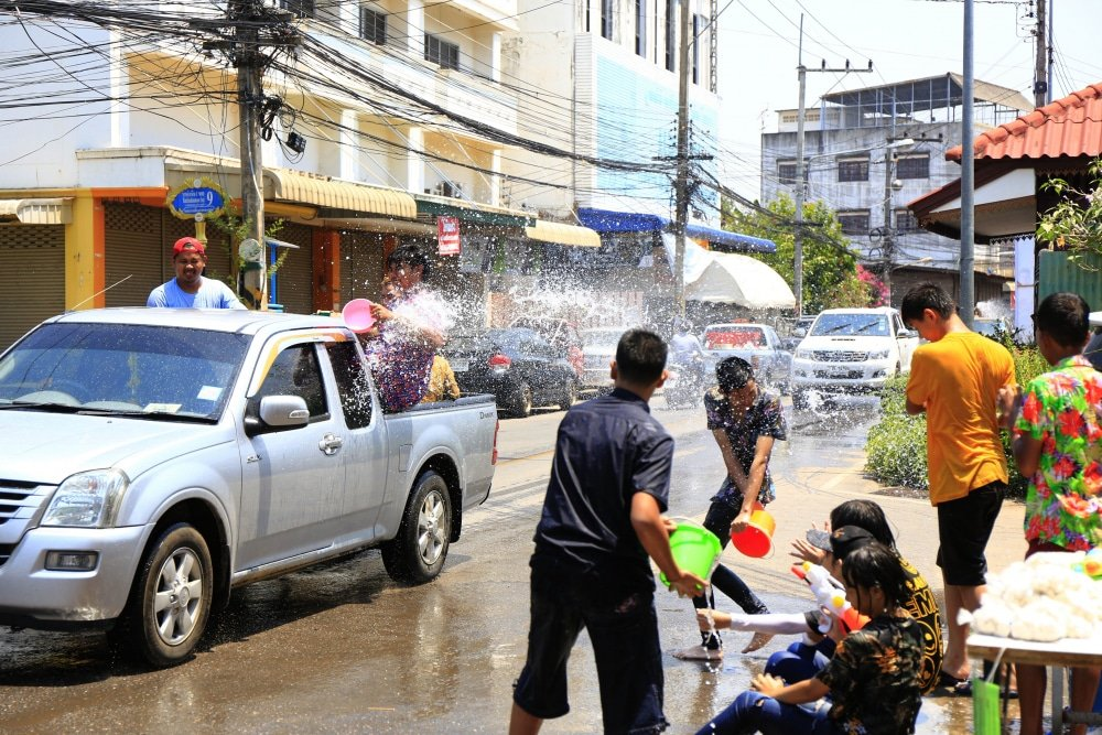 Longer Songkran holiday break = more accidents   News by Thaiger