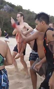 Shark bite or sharp rocks? Hua Hin swimmer dragged from water with injuries | News by The Thaiger