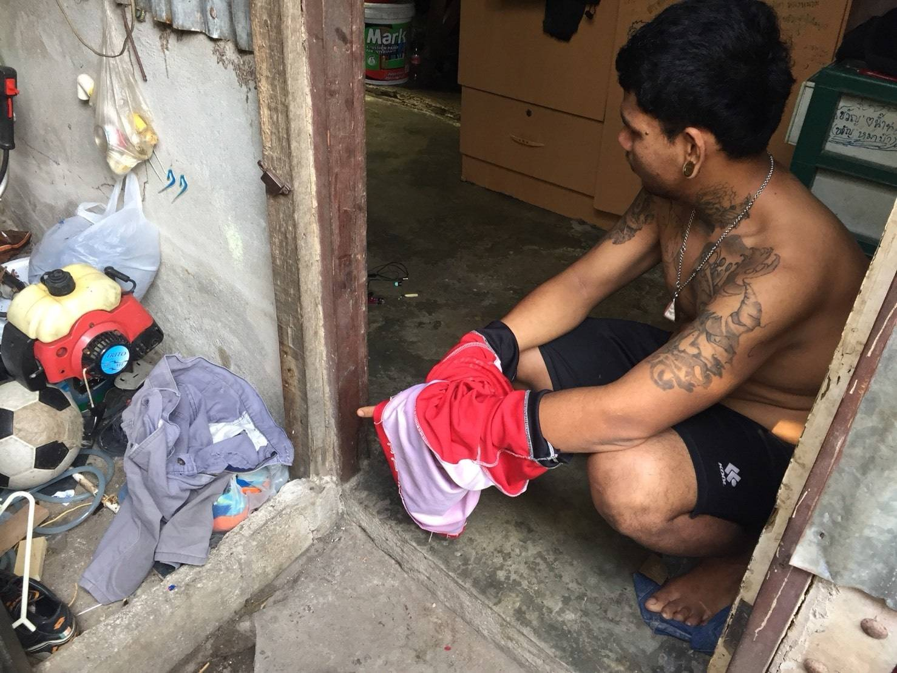 ตร.วิชิตใช้เวลาเพียง 3 วัน รวบหนุ่มพม่าที่ก่อเหตุเข้าไปขโมยทรัพย์สินภายในบ้านพื้นที่ ต.วิชิต   The Thaiger