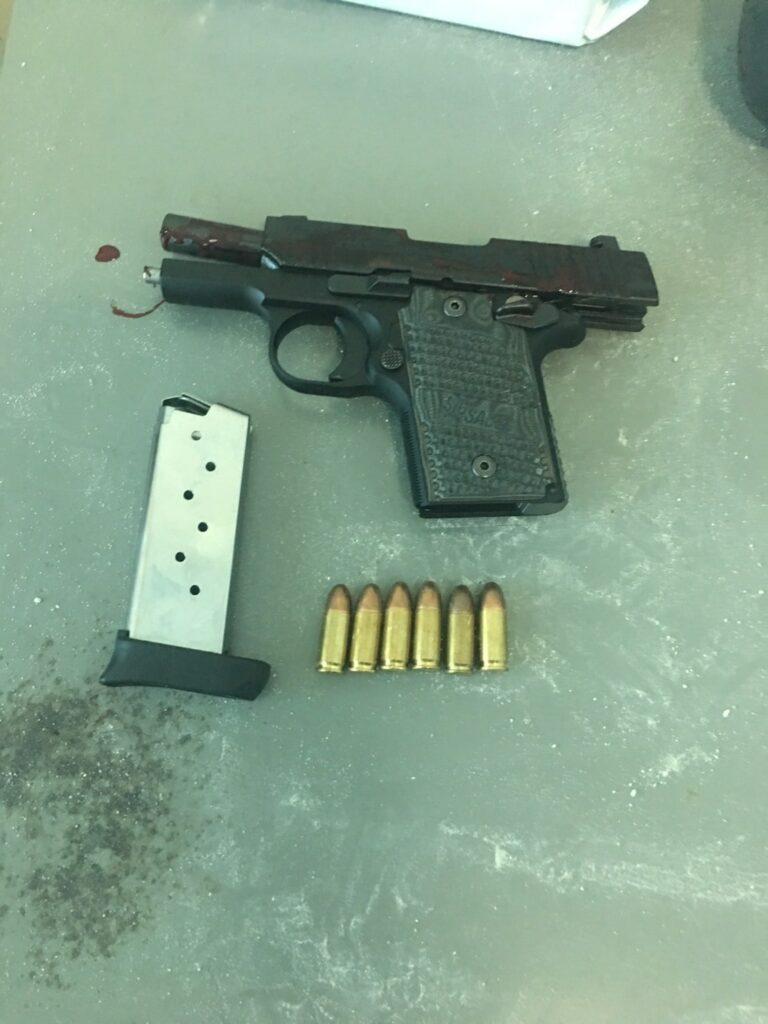 หนุ่มภูเก็ตใช้อาวุธปืน 9 มม.ยิงตัวเองดับ คาดเกิดจากความเครียดเรื่องส่วนตัว   News by The Thaiger