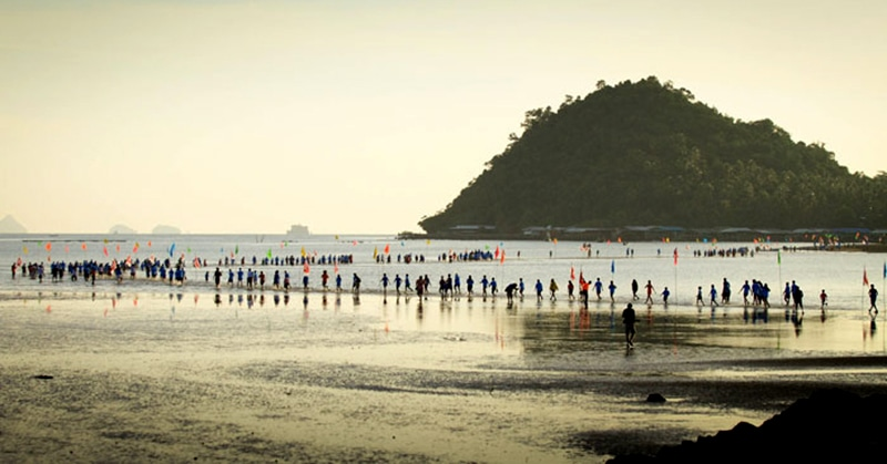 Mini-marathon, through the sea – LangSuan Mini Marathon | The Thaiger