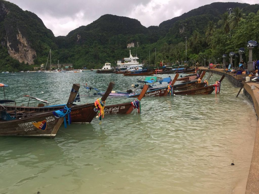 Long-tail boats at Koh Phi Phi damaged by storm | News by Thaiger