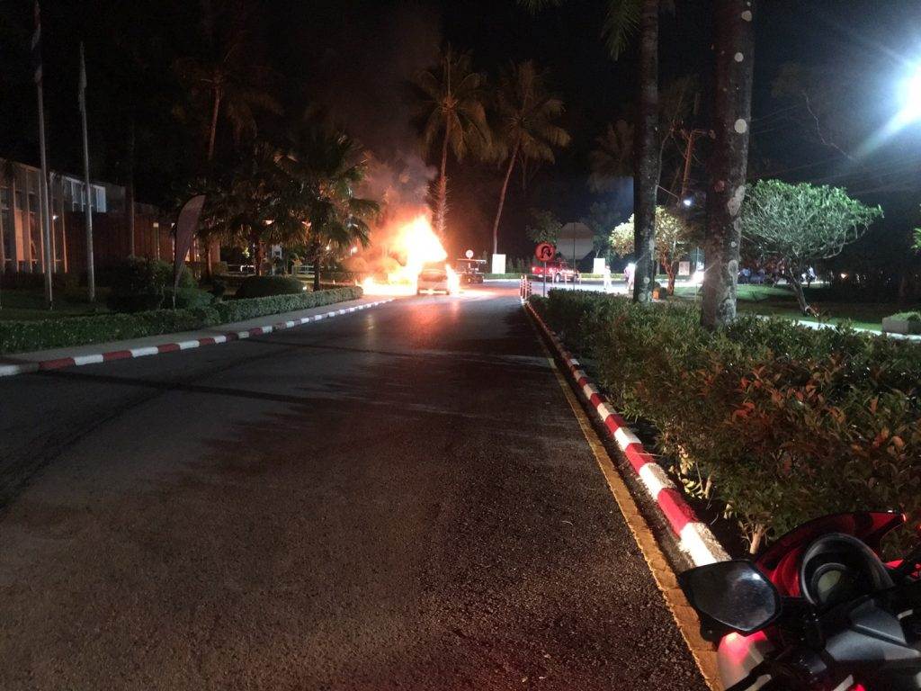 Taxi catches fire outside Cassia Laguna Hotel - No injuries | News by The Thaiger