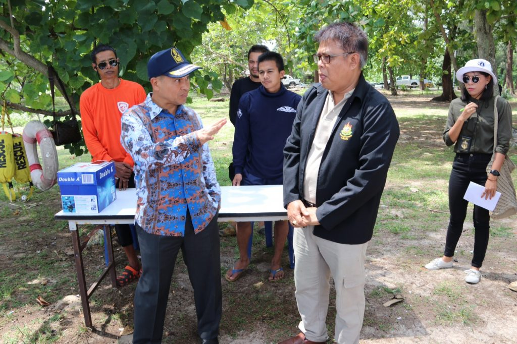Phuket's Governor inspects lifeguards at the northern beaches | News by Thaiger