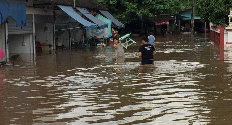 Chiang Mai wakes up to floods this morning   News by Thaiger