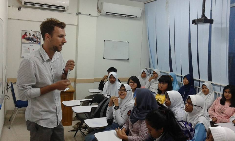Indonesia: Selamat Datang. Work here? Then learn the language. | News by Thaiger