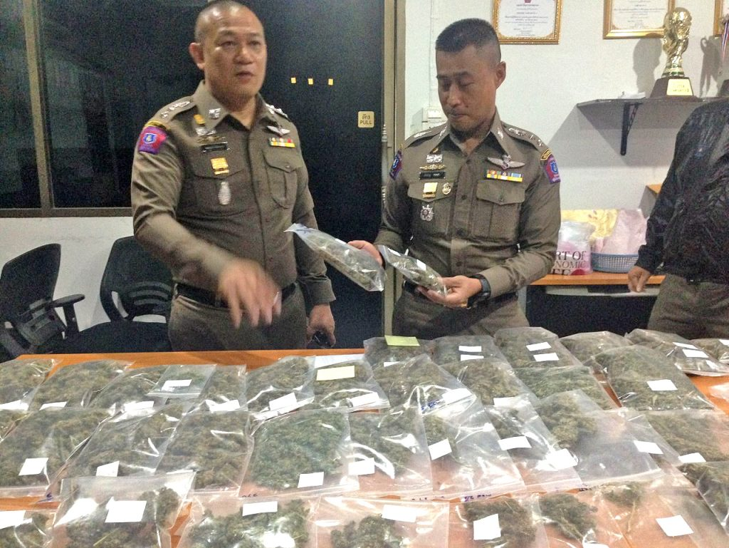 Police going to visit 3,900 members of 'organic marijuana' Facebook group   News by Thaiger