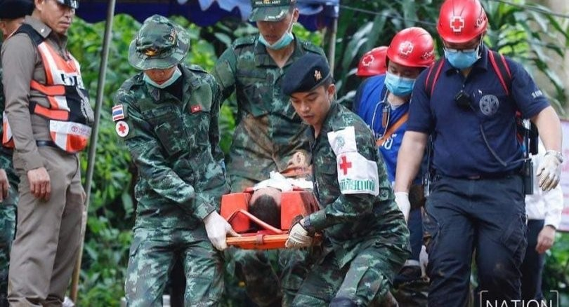 Chiang Rai: Deeper and deeper. Navy SEALS get to the 3rd chamber. | News by The Thaiger