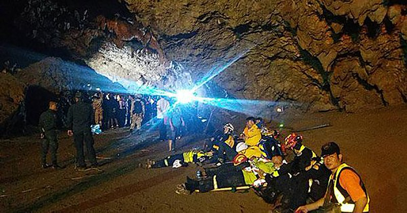 Chiang Rai: Search continues for missing teenagers in flooded cave   The Thaiger