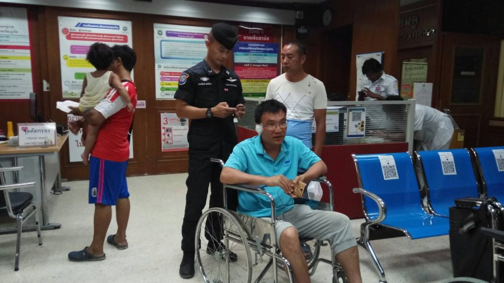 Two charged over Chinese tourist assault | News by Thaiger