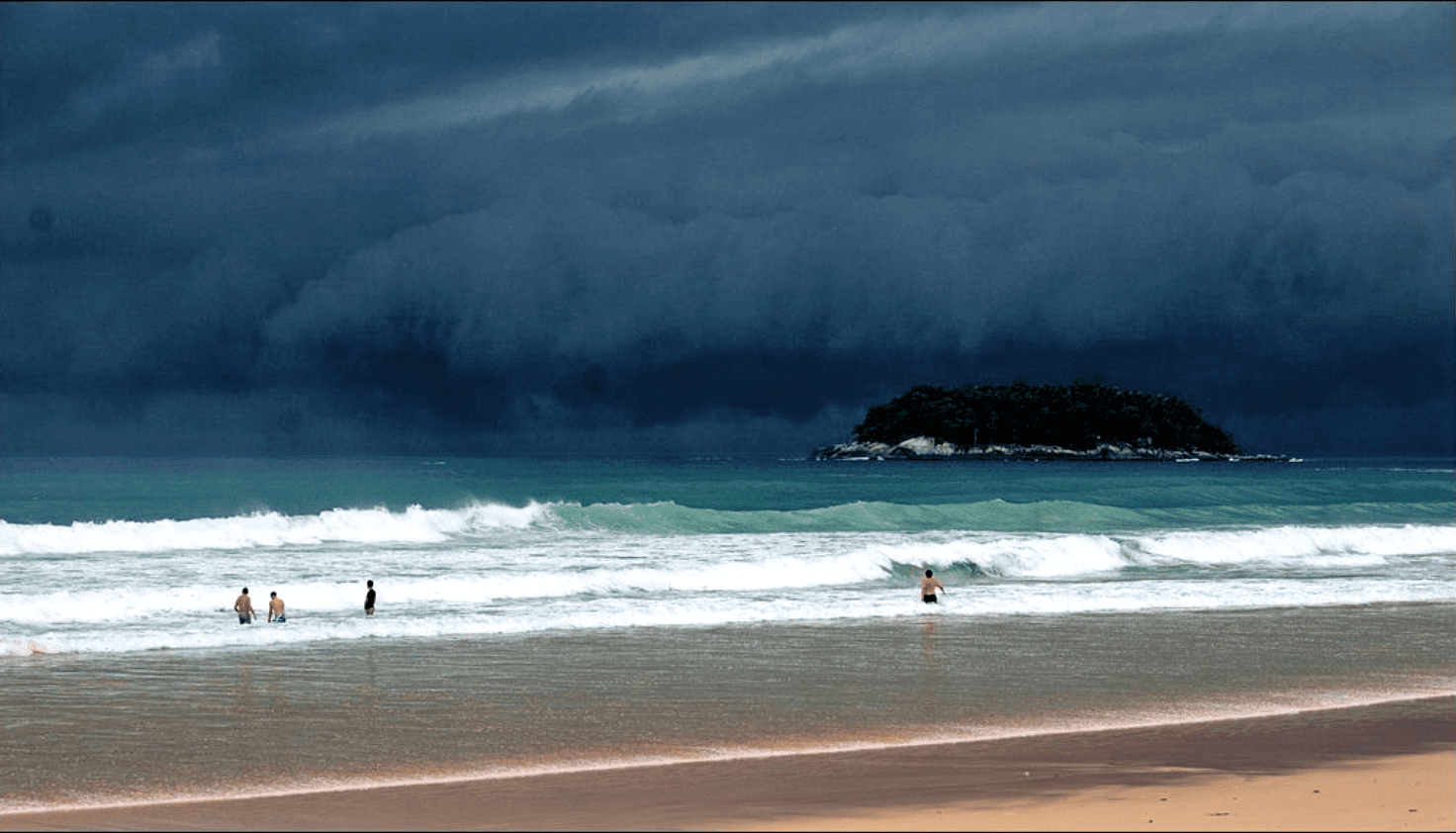 Southern monsoon has arrived – rain predicted around the country | The Thaiger