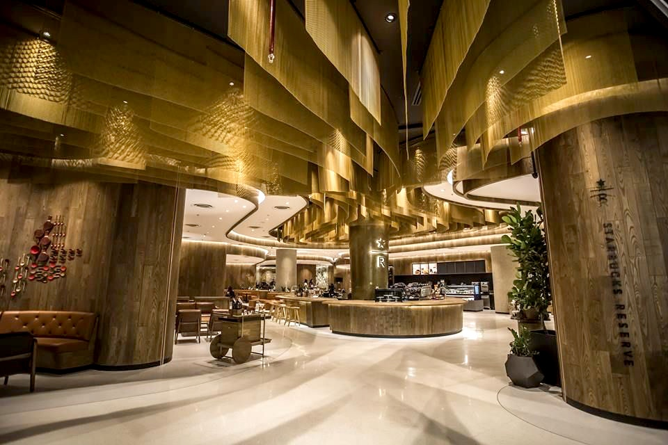 New flagship Starbucks in Central World BKK - celebrating 20 years in Thailand | News by Thaiger