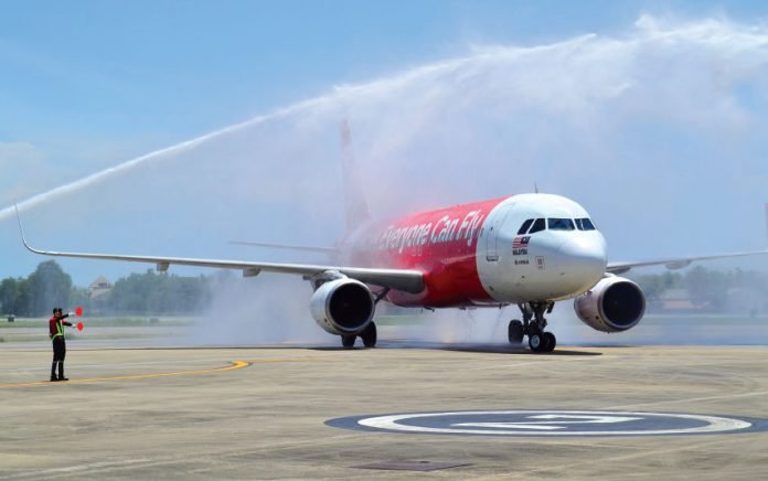 Air Asia flight arrives in Hua Hin. Hey, it's a really big deal!! | The  Thaiger