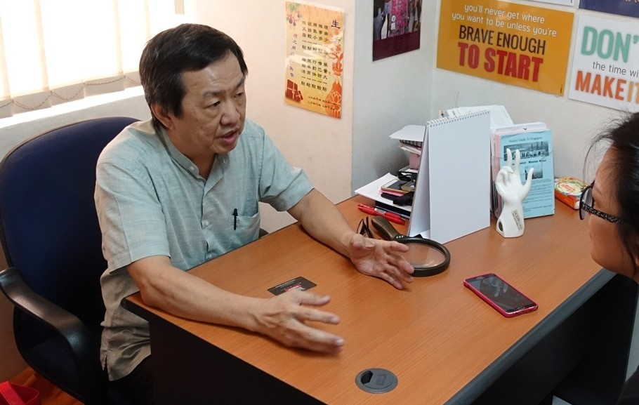 Crackdown on mediums and fortune tellers | News by Thaiger