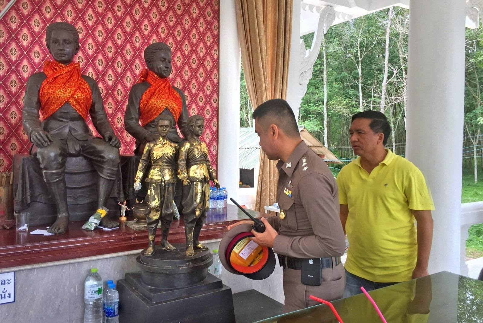Phuket Police hunt for the thief of the heroine statue sword | The Thaiger