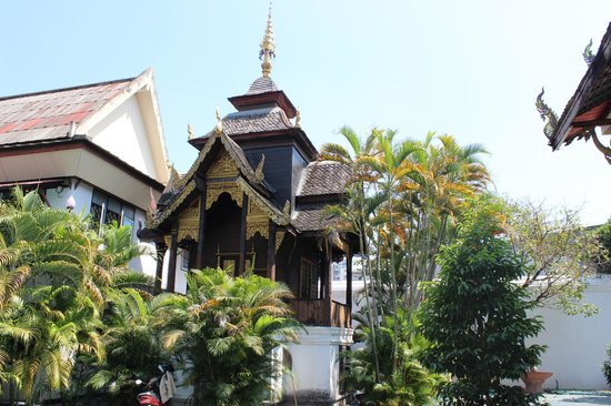 Temple 'accommodation' building works spark concerns - Chiang Mai   News by Thaiger