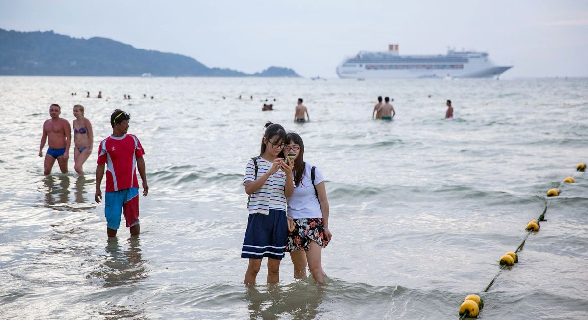 Tourism operators suggest visa-fee waiver to counter cancelled bookings   The Thaiger