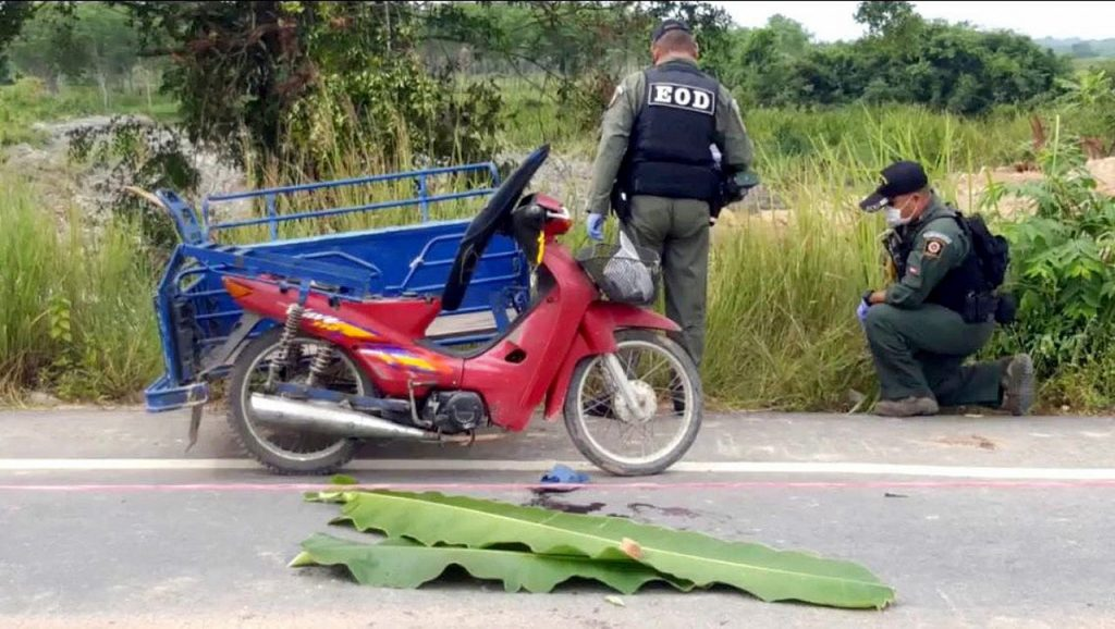 Drive-by shooter kills Muslim man riding 'saleng' in Pattani | News by Thaiger