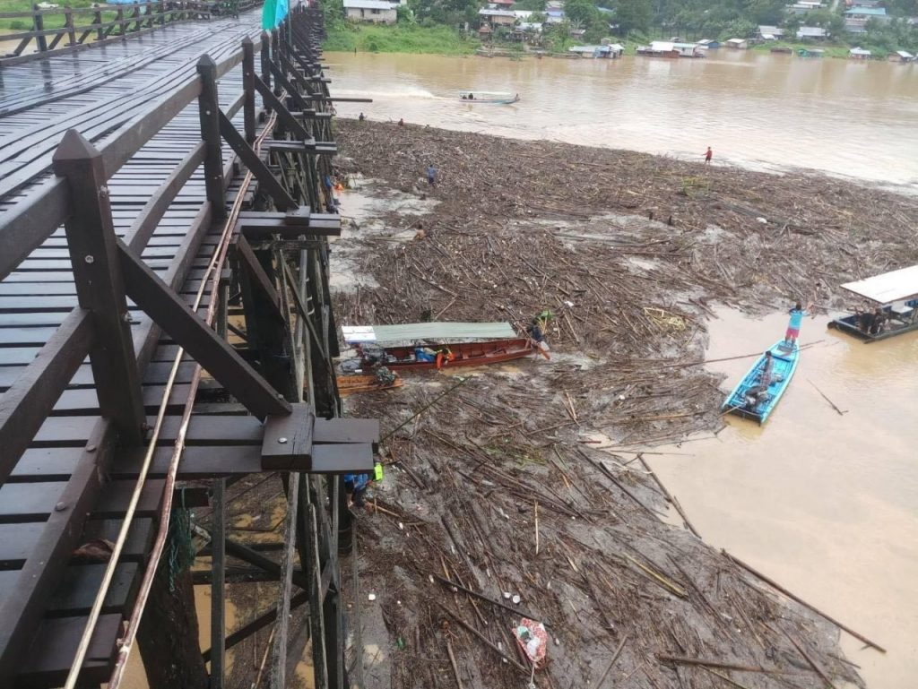 Sangkhla Buri floods declared a disaster zone | News by Thaiger