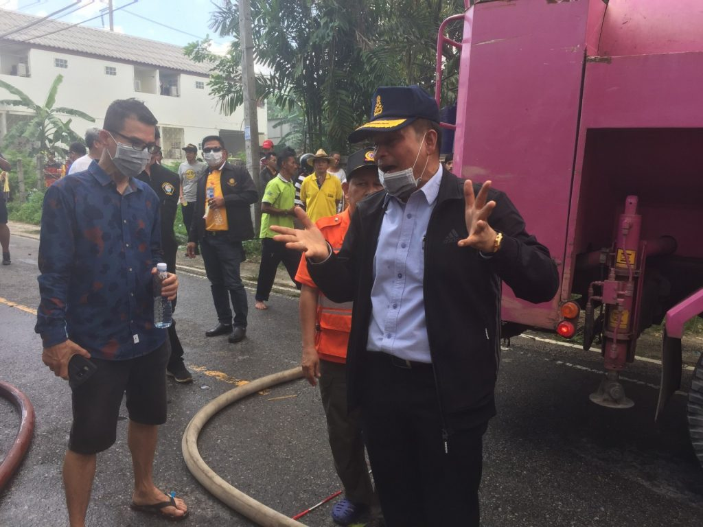 Furniture warehouse fire damage bill estimated at 20 million baht | News by The Thaiger