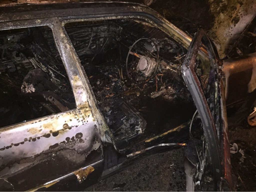 Mercedes Benz driver lucky to escape burning car | News by Thaiger