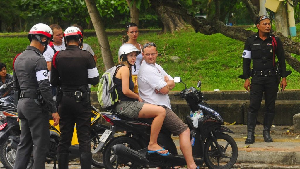 Top 10 tips for riding a motorbike in Thailand | News by The Thaiger