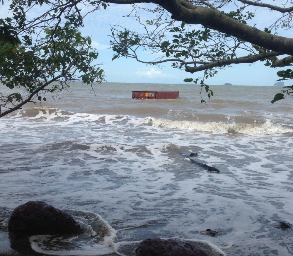 Trang shipping container retrieval will resume tomorrow | News by Thaiger