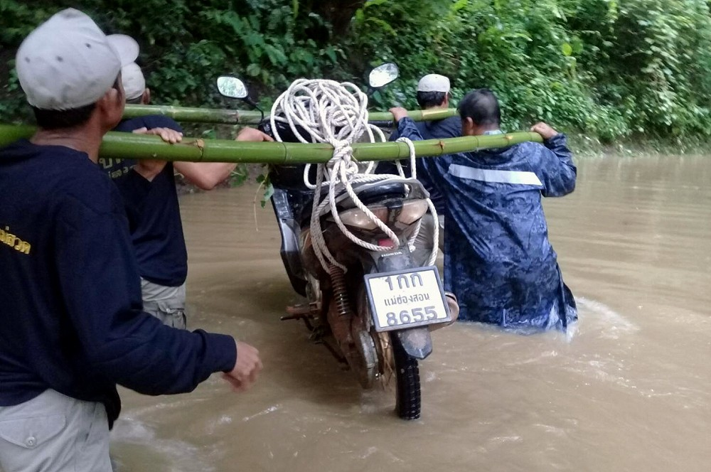 Floods continue to cause havoc in the north, west and central | The Thaiger