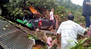 Local rains in Nan and Trat cause devastation - seven killed two missing | News by Thaiger