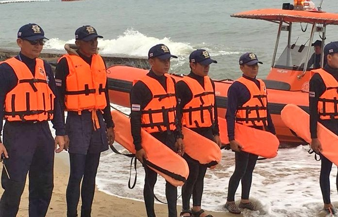 Pattaya netizens blast marine safety photo-opportunity as PR stunt | The Thaiger