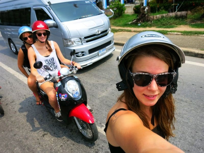 Top 10 tips for riding a motorbike in Thailand (2020) | News by The Thaiger