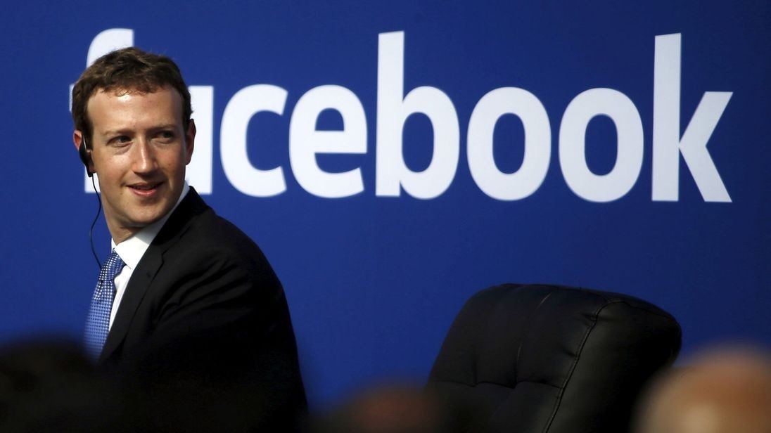 16 billion USD wiped off Facebook shares | The Thaiger