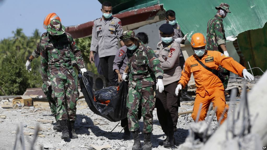 Lombok earthquake toll climbs to 347 | The Thaiger