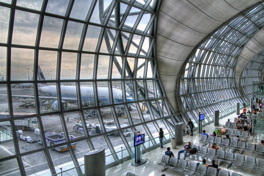 July stats see a small drop in tourists through Thai airports | The Thaiger