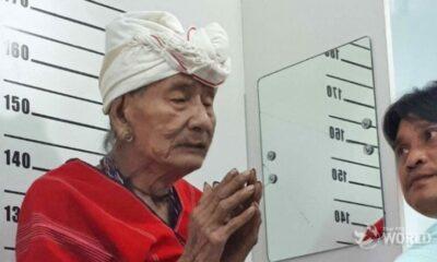 Karen spiritual leader Ko-ee gets Thai ID card. Only had to wait 107 years. | The Thaiger