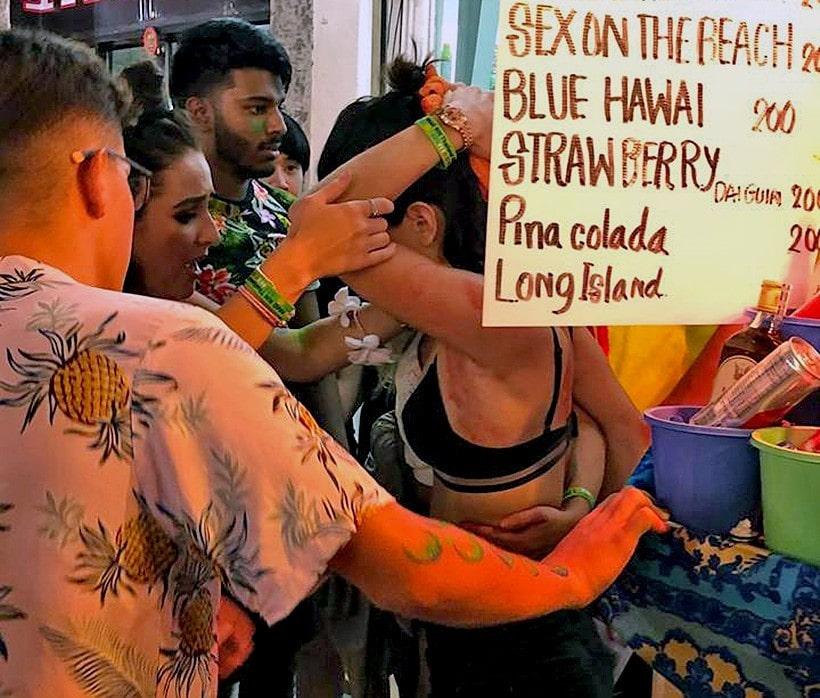 Koh Phangan pharmacy worker apologises for bottling female tourist   The Thaiger