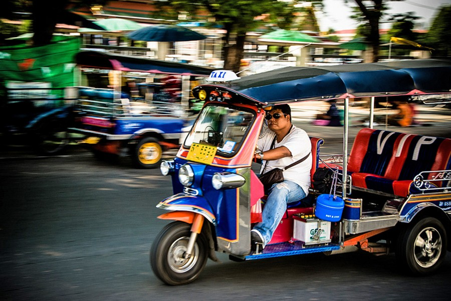 Tuk Tuk rally on August 18-19 with an Ayutthaya period costume twist | The Thaiger
