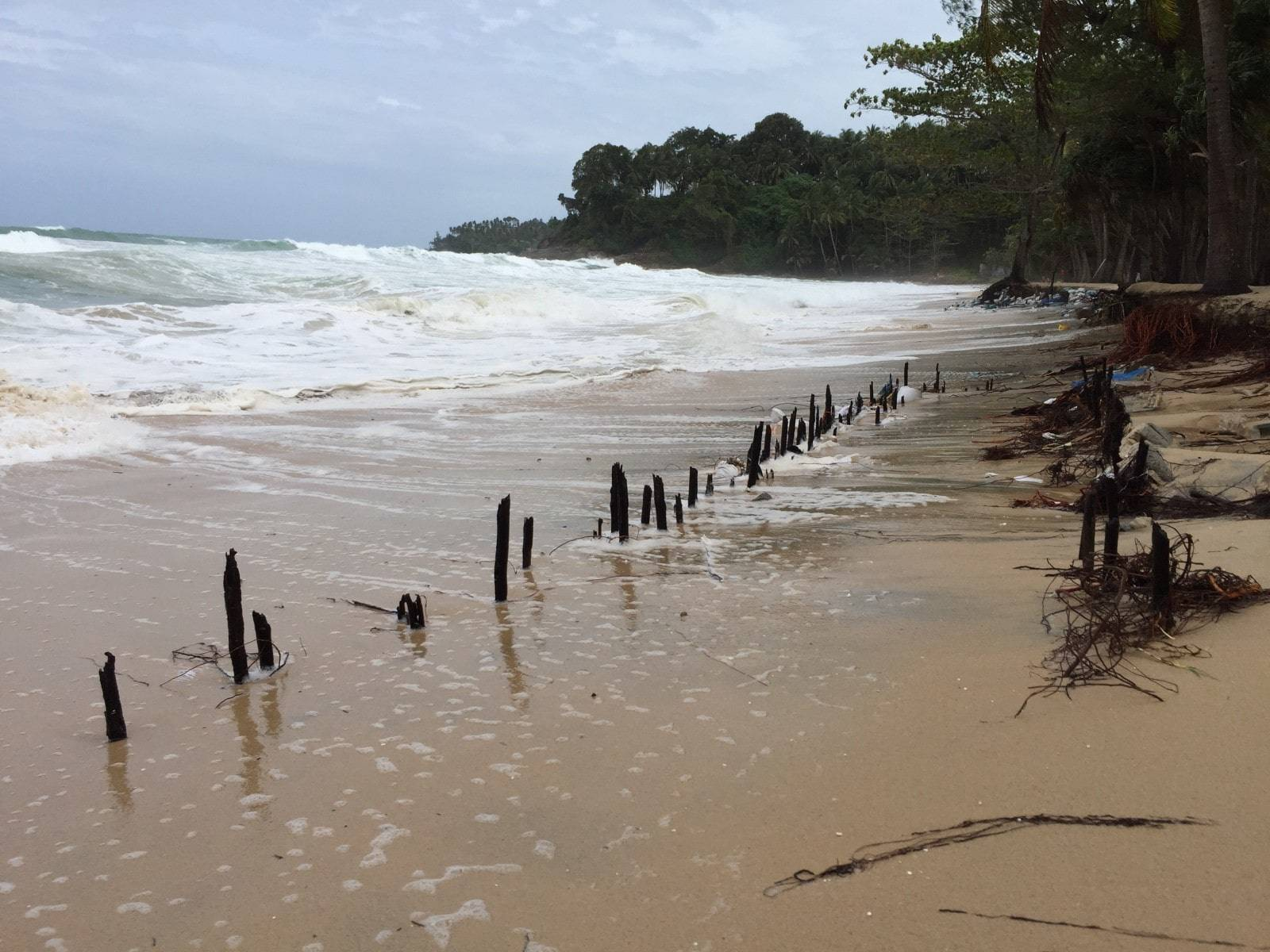 Big surf and high tides pound Phuket's west coast beaches | The Thaiger