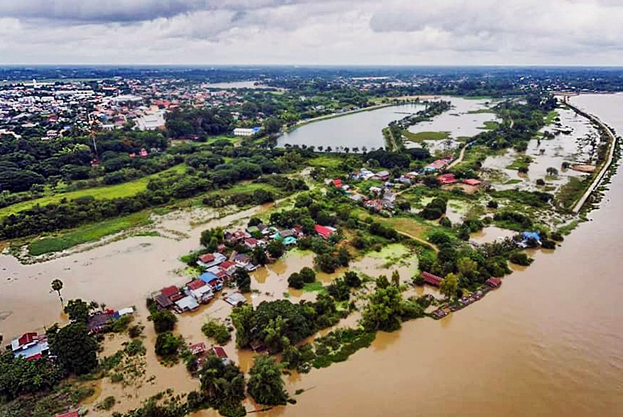 Mekong breaks its banks flooding seven Thai provinces | News by The Thaiger